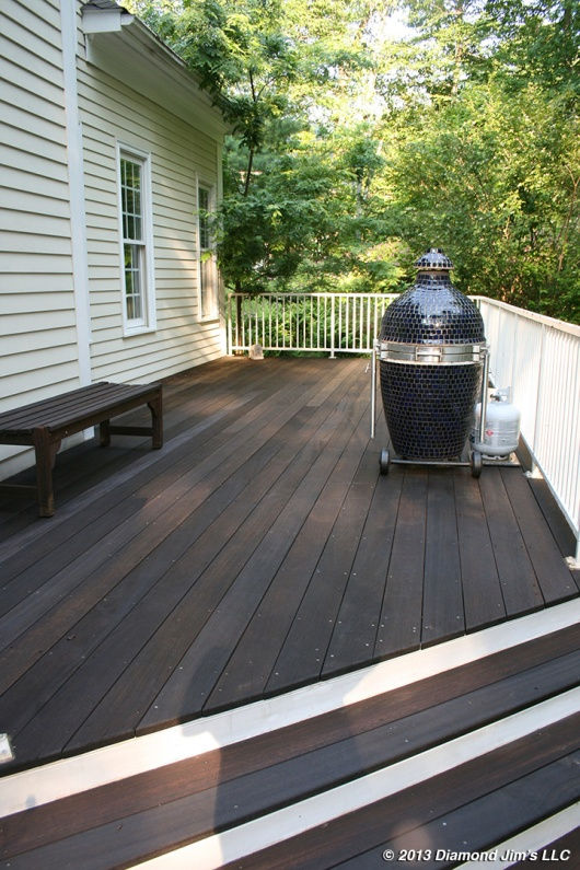 Mahogany Deck in medium brown
